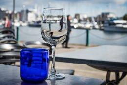 waterfront_dining